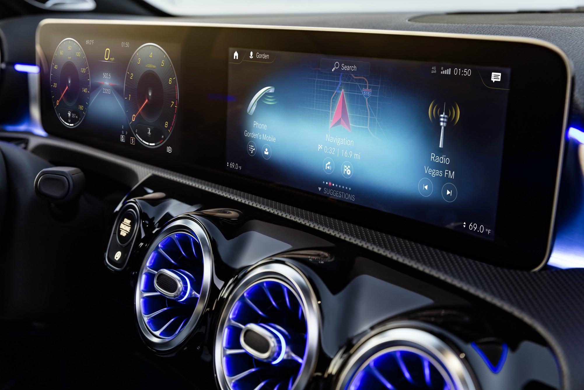 Glædelig søndag, glædelige ny Mercedes Benz A Klasse